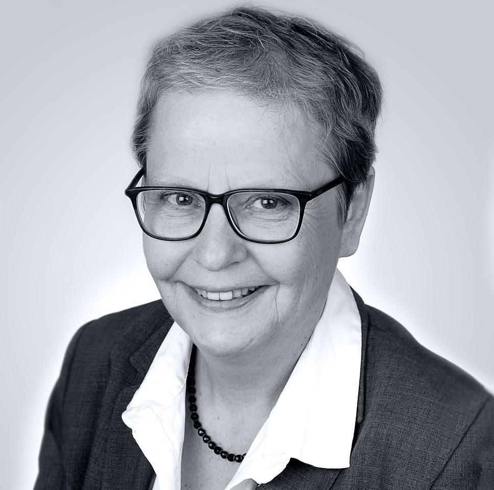 Claudia Molnar