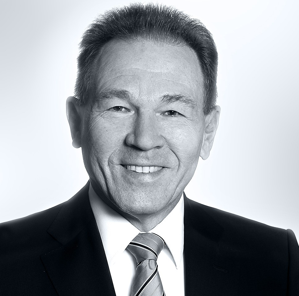Dr. Manfred Lerch